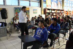 La Universidad Tamaulipeca sostuvo charlas con alumnos de Bachillerato.
